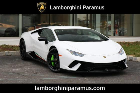 2018 Lamborghini Huracan Performante:23 car images available