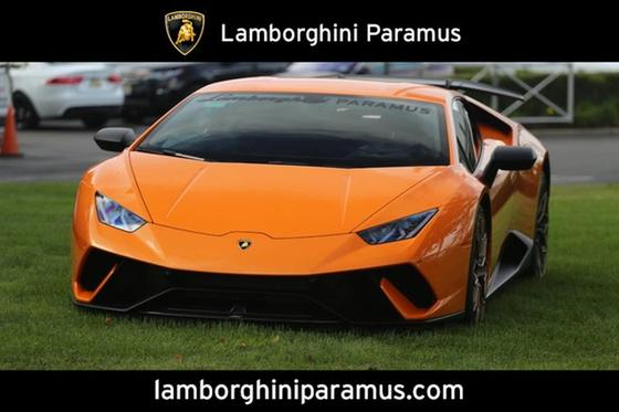 2018 Lamborghini Huracan Performante:24 car images available