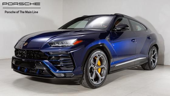 2019 Lamborghini Urus :22 car images available