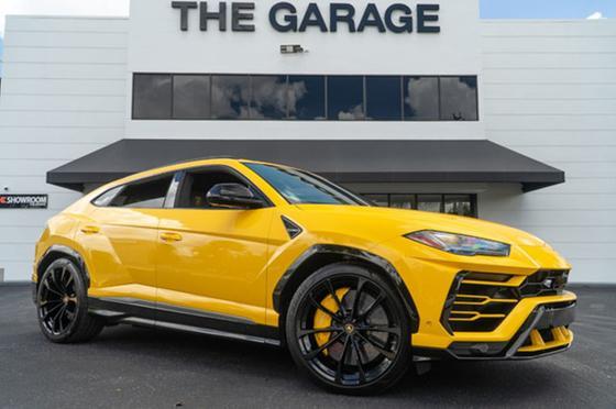 2019 Lamborghini Urus :15 car images available