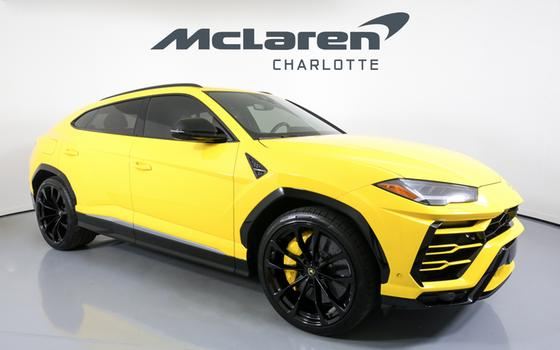 2019 Lamborghini Urus :24 car images available
