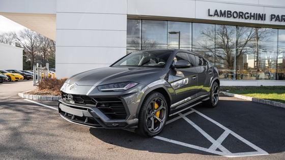 2020 Lamborghini Urus