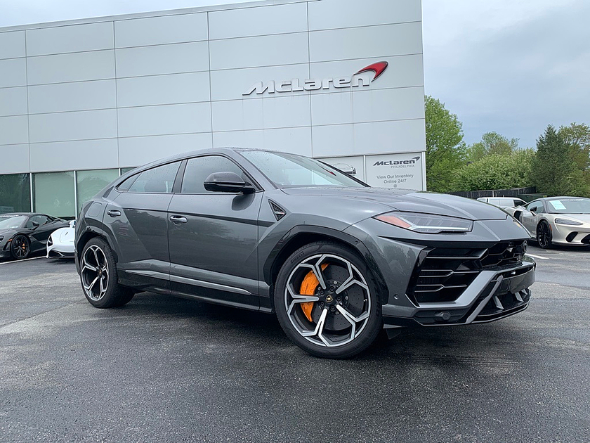 2020 Lamborghini Urus :7 car images available