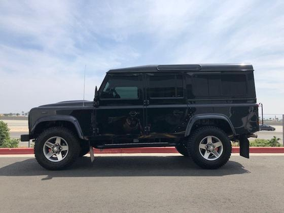 2011 Land Rover Defender :24 car images available