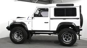 1986 Land Rover Defender :23 car images available