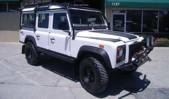 1993 Land Rover Defender 110:11 car images available