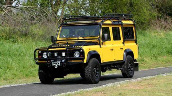 1989 Land Rover Defender 110:24 car images available
