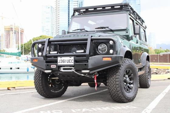 1992 Land Rover Defender 110:15 car images available