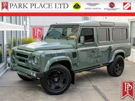1990 Land Rover Defender 110:16 car images available