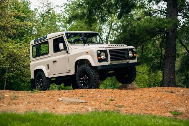 1992 Land Rover Defender 90 Hard Top:24 car images available