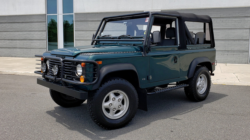 1997 Land Rover Defender 90 Hard Top:24 car images available