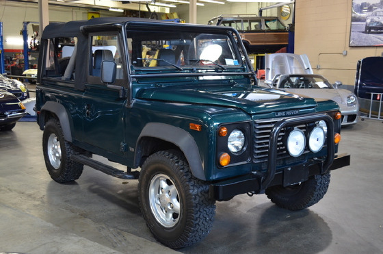 1997 Land Rover Defender 90 Soft Top:21 car images available