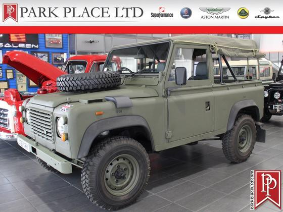 1992 Land Rover Defender 90 Soft Top:24 car images available