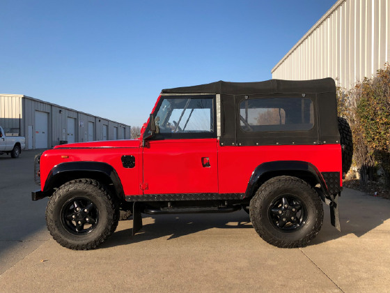 1992 Land Rover Defender 90 Soft Top:6 car images available