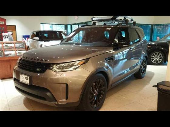 2017 Land Rover Discovery HSE:5 car images available