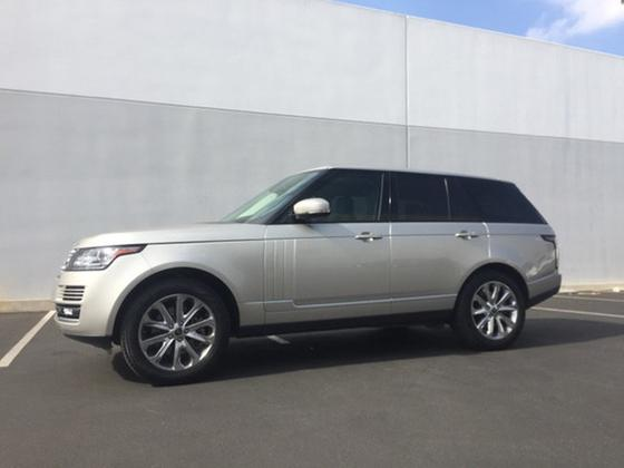 2015 Land Rover Range Rover HSE:11 car images available