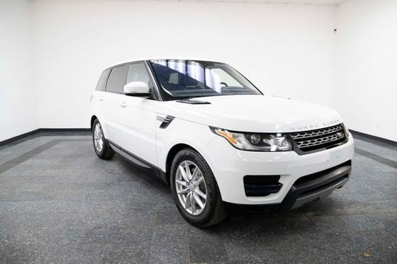 2017 Land Rover Range Rover Sport SE:24 car images available