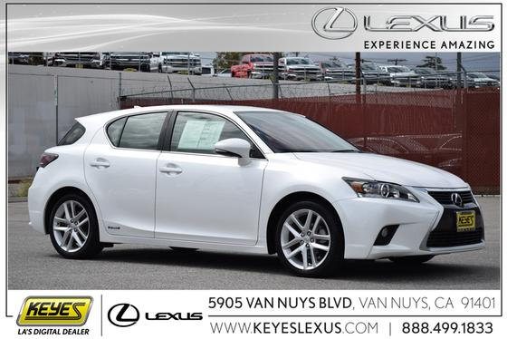 2015 Lexus CT 200h:23 car images available