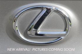 2016 Lexus CT 200h : Car has generic photo