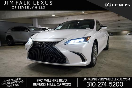 2019 Lexus ES :14 car images available
