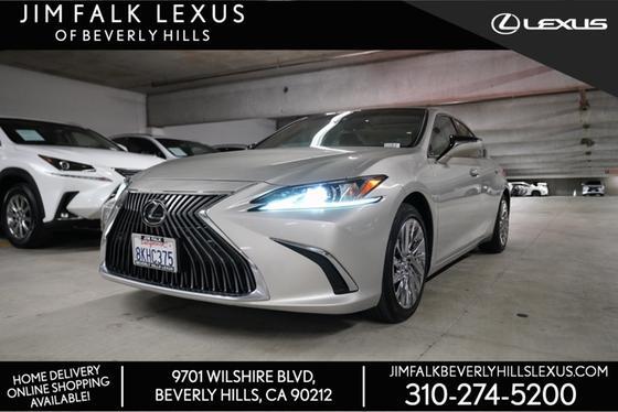 2019 Lexus ES :13 car images available