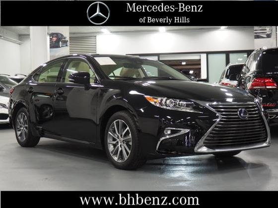 2017 Lexus ES 300H:19 car images available