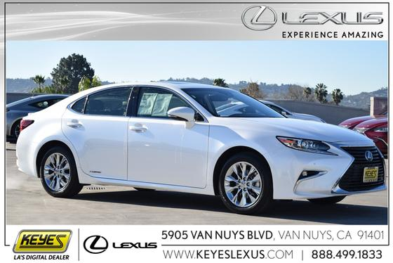 2016 Lexus ES 300H:24 car images available
