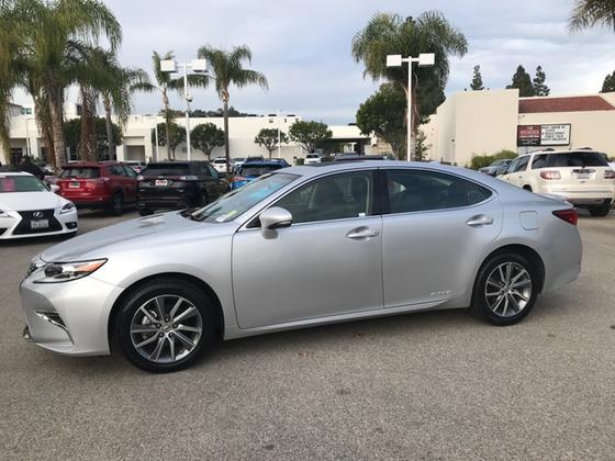 2016 Lexus ES 300H:10 car images available