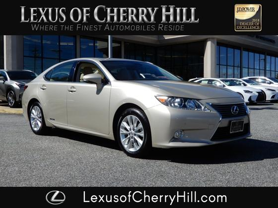 2013 Lexus ES 300H:24 car images available