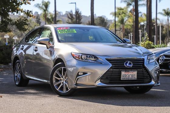 2018 Lexus ES 300H:24 car images available