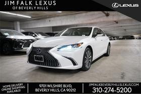 2019 Lexus ES 300H:7 car images available
