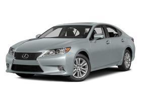 2015 Lexus ES 350 : Car has generic photo