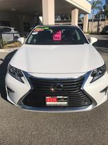 2017 Lexus ES 350:18 car images available