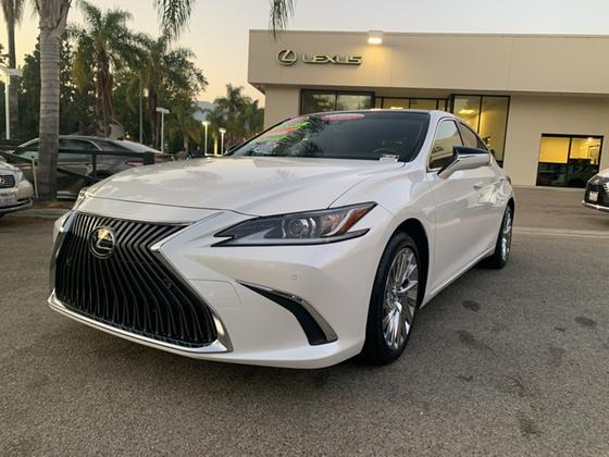 2019 Lexus ES 350:23 car images available