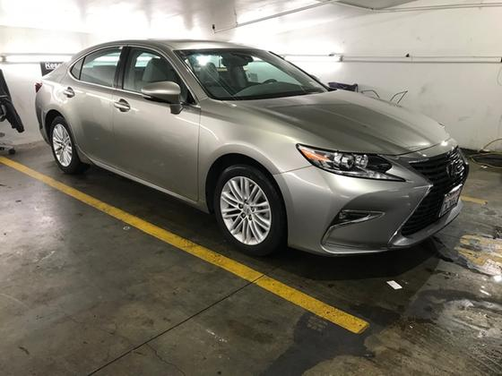 2017 Lexus ES 350:2 car images available
