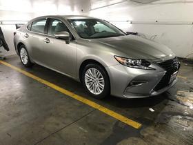 2017 Lexus ES 350:2 car images available