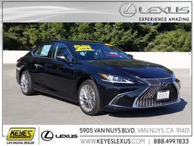 2020 Lexus ES 350:24 car images available