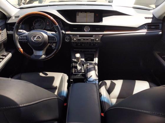 2017 Lexus ES 350