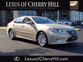 2014 Lexus ES 350:24 car images available