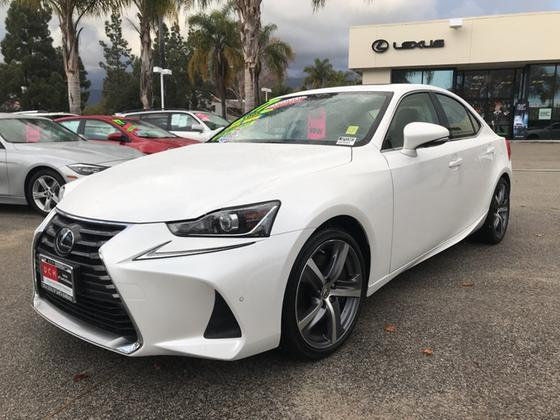 2017 Lexus IS 200t:17 car images available
