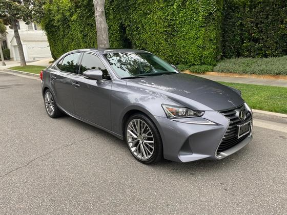 2017 Lexus IS 200t:18 car images available