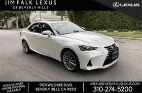 2017 Lexus IS 200t:24 car images available