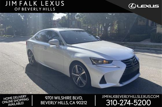 2017 Lexus IS 200t:7 car images available