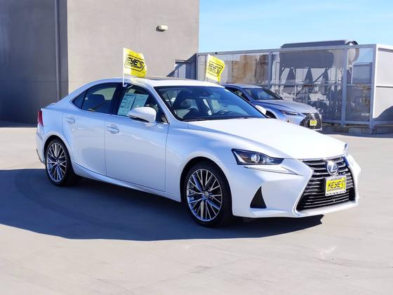 2017 Lexus IS 200t