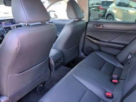 2017 Lexus IS 200t