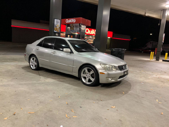2003 Lexus IS 300:3 car images available