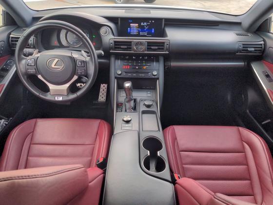 2018 Lexus IS 300