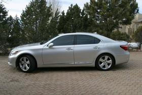 2012 Lexus LS 460:6 car images available