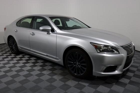 2016 Lexus LS 460:24 car images available