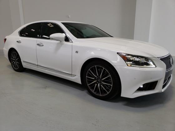 2014 Lexus LS 460:24 car images available